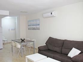 Salón-comedor2-Apartamentos-Residencial-Doña-Carmen-3000--OROPESA-DEL-MAR-Costa-Azahar.jpg