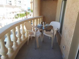 terraza_4-apartamentos-residencial-dona-carmen-3000-oropesa-del-mar-costa-azahar.jpg
