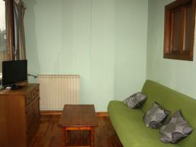 Salón2-Apartamentos-Candanchu-3000-CANDANCHU-Pirineo-Aragonés.jpg