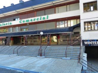fachada-verano-apartamentos-candanchu-3000-candanchu-pirineo-aragones.jpg