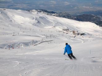 exterior_1-apartamentos-sierra-nevada-3000_zona-fuente-del-tesorosierra-nevada-sierra-nevada.jpg