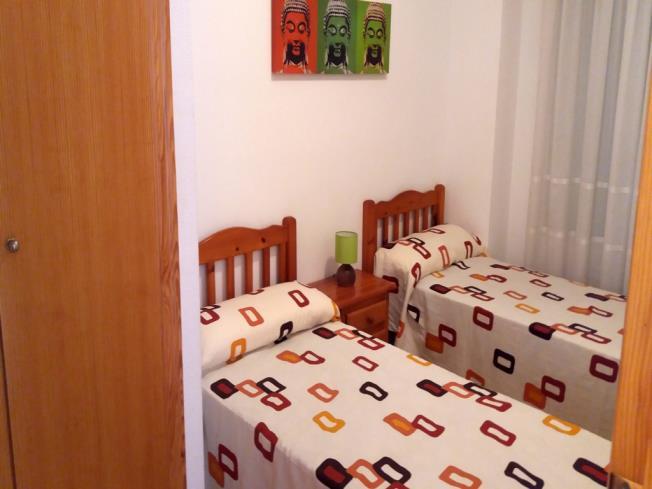 dormitorio_4-apartamentos-oropesa-3000-sin-piscinaoropesa-del-mar-costa-azahar.jpg