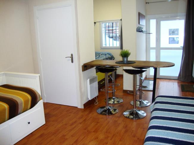 salon-comedor_10-apartamentos-pie-pistas-pas-de-la-casa-3000pas-de-la-casa-estacion-grandvalira.jpg