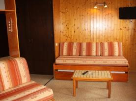 salon-comedor_2-apartamentos-pie-pistas-pas-de-la-casa-3000pas-de-la-casa-estacion-grandvalira.jpg