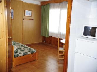 salon-comedor_14-apartamentos-pie-pistas-pas-de-la-casa-3000pas-de-la-casa-estacion-grandvalira.jpg