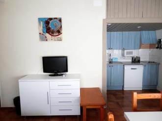 salon-comedor_4-apartamentos-pie-pistas-pas-de-la-casa-3000pas-de-la-casa-estacion-grandvalira.jpg