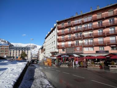 Fachada Invierno Andorra Estación Grandvalira Pas de la Casa Apartamentos Pie Pistas Pas de la Casa 3000