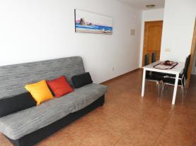salon-comedor_4-apartamentos-argenta-caleta-3000peniscola-costa-azahar.jpg