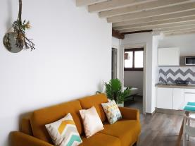 salon-3-apartamentos-boutique-granada-3000granada-andalucia.jpg