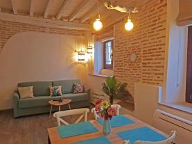 salon-comedor-7-apartamentos-boutique-granada-3000granada-andalucia.jpg