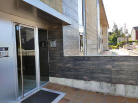 fachada-verano-apartamentos-sanxenxo-3000-sanxenxo-sangenjo-galicia-rias-bajas.jpg