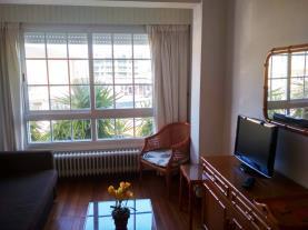 salon_4-apartamentos-sanxenxo-3000sanxenxo-sangenjo-galicia_-rias-bajas.jpg