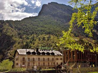 Fachada Verano Andorra Andorra Zona Centro Sant Julia de Loria Hotel Barcelona 3000