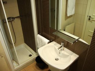 bano_12-apartamentos-canillo-pie-de-pistas-3000canillo-estacion-grandvalira.jpg