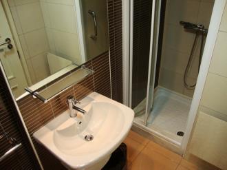 bano_6-apartamentos-canillo-pie-de-pistas-3000canillo-estacion-grandvalira.jpg