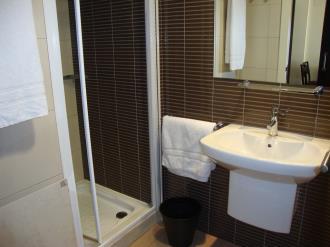 bano_9-apartamentos-canillo-pie-de-pistas-3000canillo-estacion-grandvalira.jpg