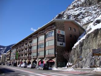 Fachada Invierno Andorra Estación Grandvalira Canillo Apartamentos Canillo Pie de Pistas 3000