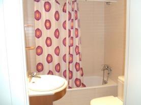 Baño-Apartamentos-Tarter-Pirineos-3000-TARTER,-EL-Estación-Grandvalira.jpg