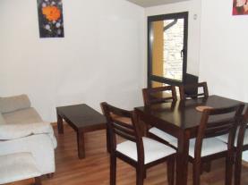 Salón-comedor1-Apartamentos-Tarter-Pirineos-3000-TARTER,-EL-Estación-Grandvalira.jpg