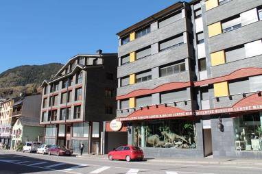 Fachada Verano Andorra Estación Grandvalira Tarter, el Apartamentos Tarter Pirineos 3000