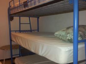 dormitorio-apartamentos-coral-cambrils-3000-cambrils-costa-dorada.jpg