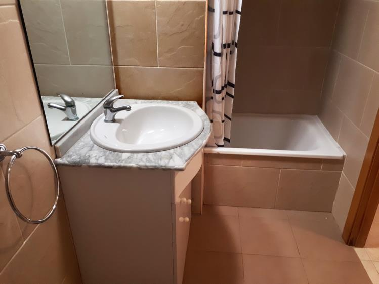 bano_2-apartamentos-oropesa-ciudad-de-vacaciones-3000oropesa-del-mar-costa-azahar.jpg