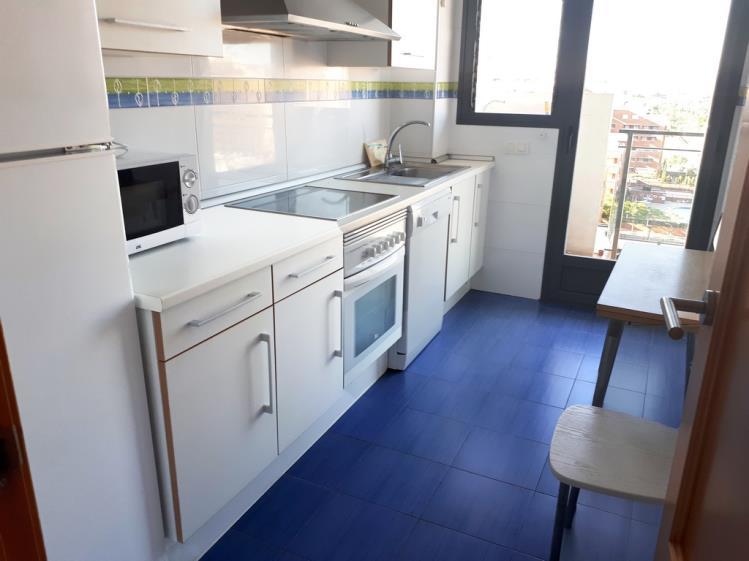 cocina_2-apartamentos-oropesa-ciudad-de-vacaciones-3000oropesa-del-mar-costa-azahar.jpg