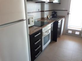 cocina_3-apartamentos-oropesa-ciudad-de-vacaciones-3000oropesa-del-mar-costa-azahar.jpg
