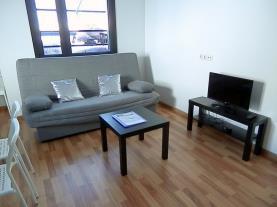 salon_2-apartamentos-la-solana-3000pas-de-la-casa-estacion-grandvalira.jpg