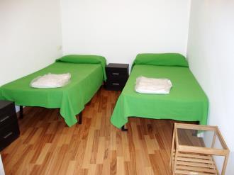 dormitorio_5-apartamentos-la-solana-3000pas-de-la-casa-estacion-grandvalira.jpg