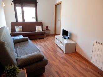 salon-apartamentos-la-solana-3000-pas-de-la-casa-estacion-grandvalira.jpg