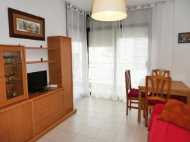 salon-comedor-apartamentos-surfing-3000-peniscola-costa-azahar.jpg