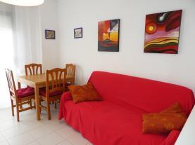 salon-comedor_1-apartamentos-surfing-3000peniscola-costa-azahar.jpg