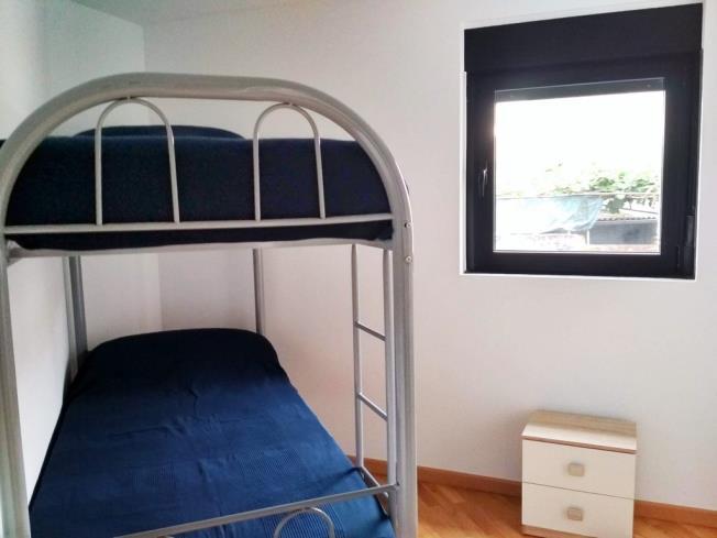 dormitorio_1-apartamentos-ares-centro-3000-ares-galicia_-rias-altas.jpg