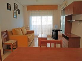 salon-comedor-3-apartamentos-caribe-marina-dor-3000oropesa-del-mar-costa-azahar.jpg