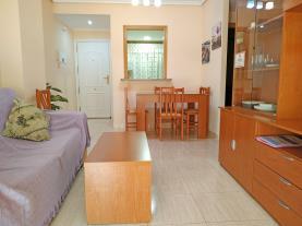 salon-comedor-apartamentos-caribe-marina-dor-3000-oropesa-del-mar-costa-azahar.jpg