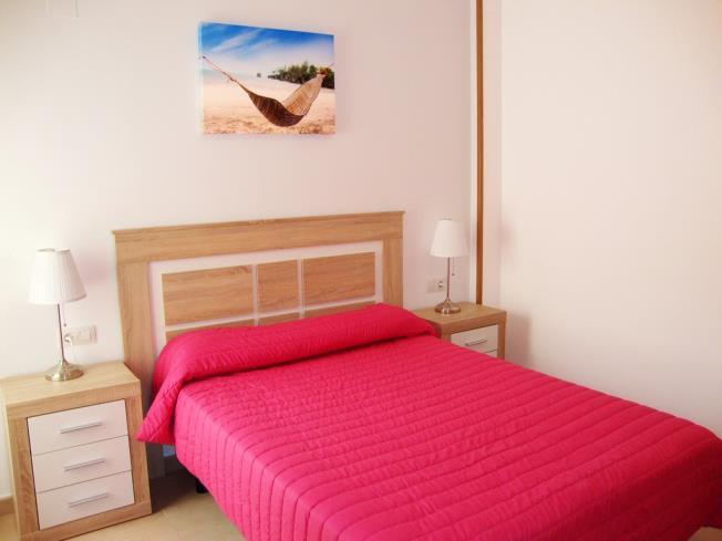 dormitorio_1-apartamentos-neptuno-3000alcoceber-costa-azahar.jpg