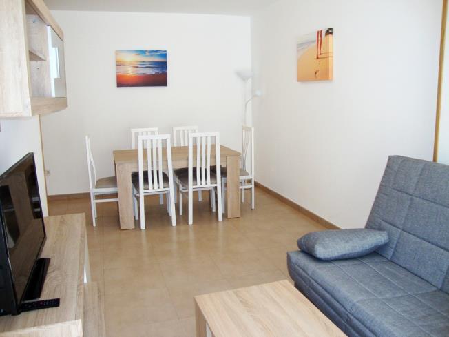 salon-comedor-apartamentos-neptuno-3000-alcoceber-costa-azahar.jpg