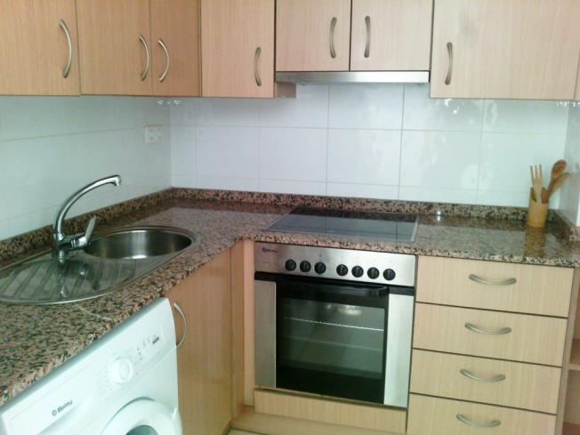 cocina_3-apartamentos-oropesa-del-mar-suites-3000oropesa-del-mar-costa-azahar.jpg