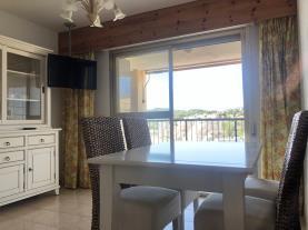 salon-comedor_5-apartamentos-neptuno-oropesa-3000oropesa-del-mar-costa-azahar.jpg