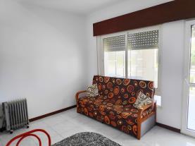salon_1-apartamentos-revo-salinas-3000revolta,-a_-noalla_-sanxenxo-galicia_-rias-bajas.jpg