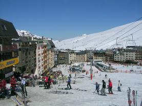 Pas de la Casa pie de pista Pas de la casa Estación Grandvalira Andorra