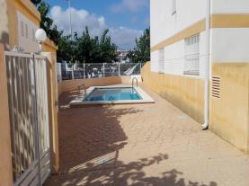 piscina_2-apartamentos-penyagolosa-3000alcoceber-costa-azahar.jpg