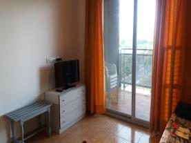 salon-comedor_1-apartamentos-acropolis-3000oropesa-del-mar-costa-azahar.jpg