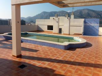 piscina_1-apartamentos-acropolis-3000oropesa-del-mar-costa-azahar.jpg