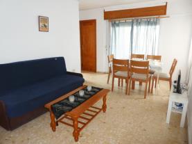 salon-comedor_5-apartamentos-gandia-grau-y-playa-3000-gandia-costa-de-valencia.jpg