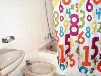 bano-apartamentos-gandia-grau-y-playa-3000_gandia-costa-de-valencia.jpg