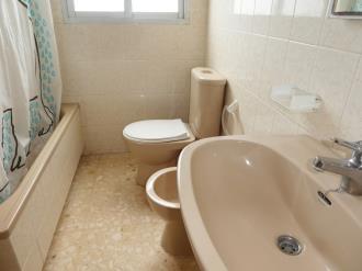 bano_5-apartamentos-gandia-grau-y-playa-3000-gandia-costa-de-valencia.jpg