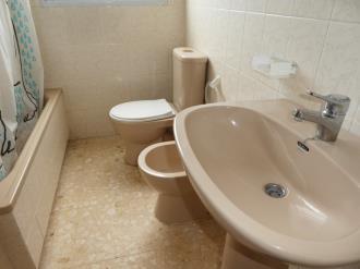 bano_6-apartamentos-gandia-grau-y-playa-3000-gandia-costa-de-valencia.jpg