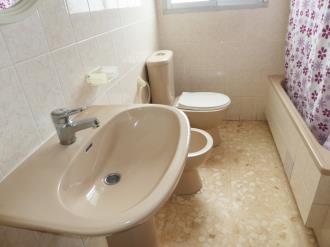 bano_8-apartamentos-gandia-grau-y-playa-3000-gandia-costa-de-valencia.jpg